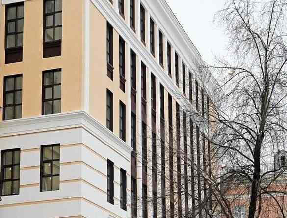 Коммерческая недвижимость в москве 1 этаж аренда офиса посредников